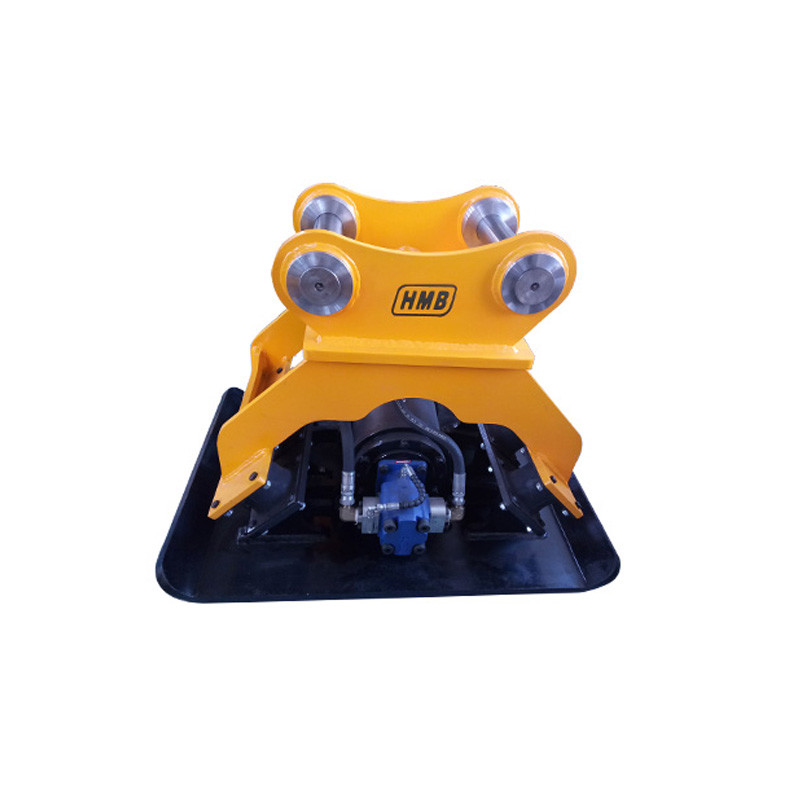 Hydraulic compactor plate compaction for carrier